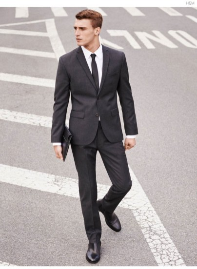 HM-Occasion-Dressing-Mens-Style-Guide-010-HM-Style-Clement-Chabernaud-Power-Suiting-800x1093