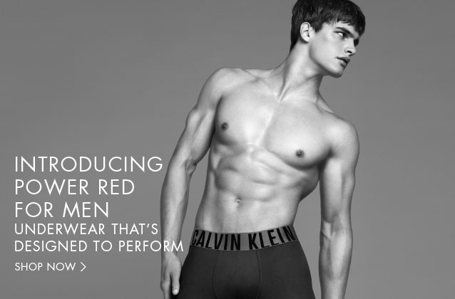 No doubt, we all know that Matthew Terry is one of the most beautiful and handsome models out there today. Starring thousands of covers and campaigns, we know that is the favorite to star in Calvin Klein underwear also the line jeans. Here we give a short review of what Matthew has done in recent months to the leading brand of CK where we could also see that recently came out on the cover of L'Officiel Hommes also could also be seen in the television broadcast of Ellen Degeneres.