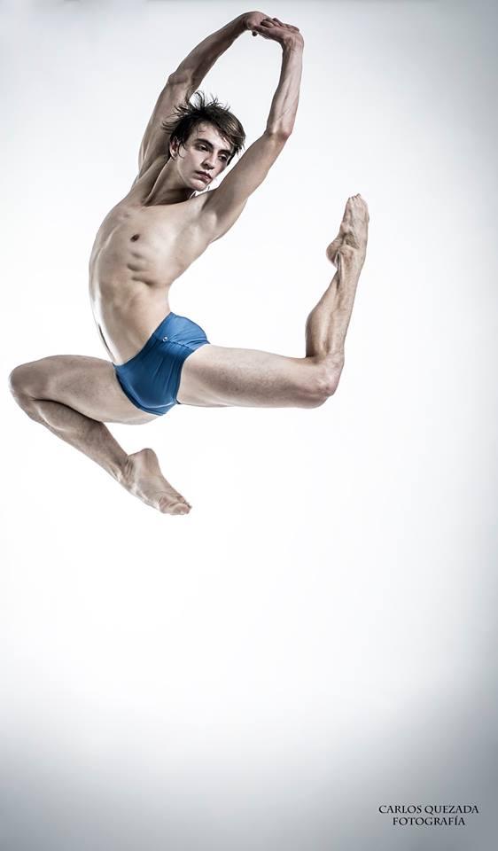 Alexander Pineda  Compañía Nacional de Danza / México  Fotografía y Dirección Carlos Quezada