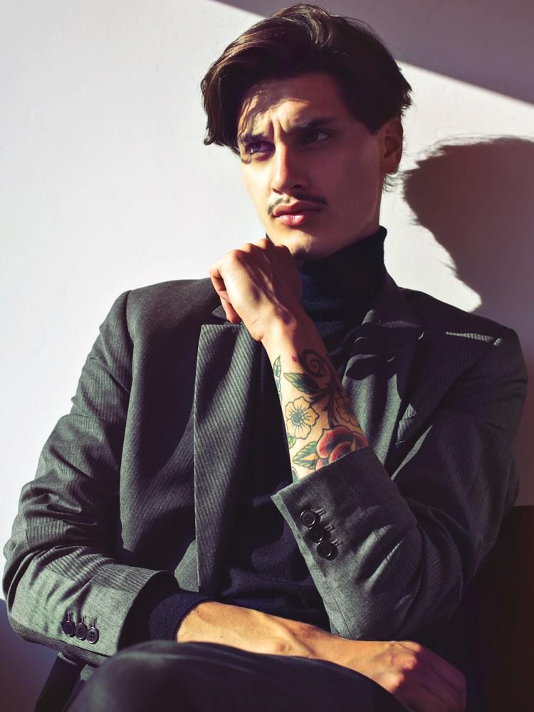 1.87 of beauty represented by RepublicMen and Elite Milano, he's Emiel van Rijn a true charming model in potential.