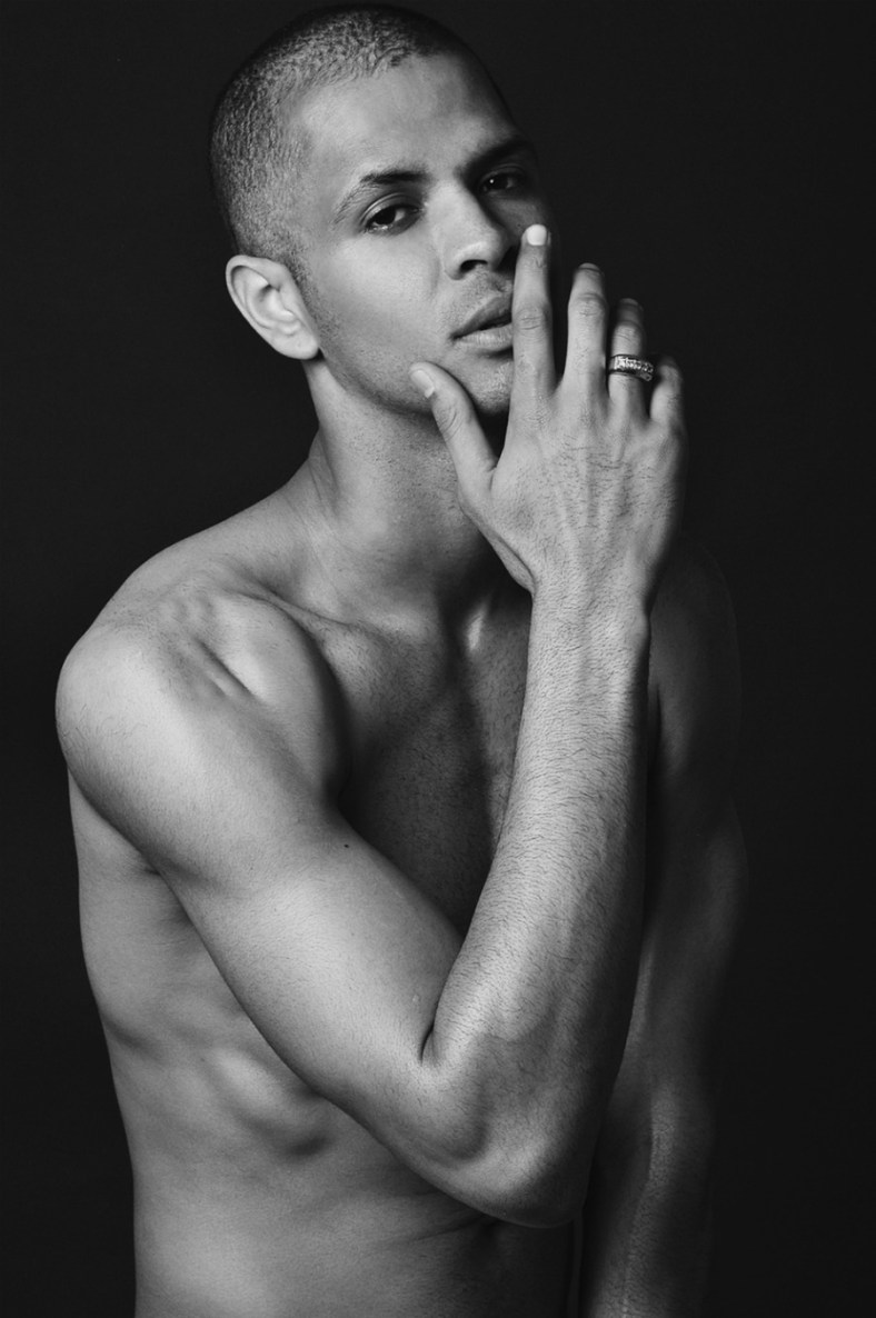 Dapper and sexy Wilhelmina NYC based model Oren Wilkes updates his portfolio with the recent series by photographer Rakeem Cunningham. In an exclusive for Fashionably Male we bring you the latest 2014 submission.