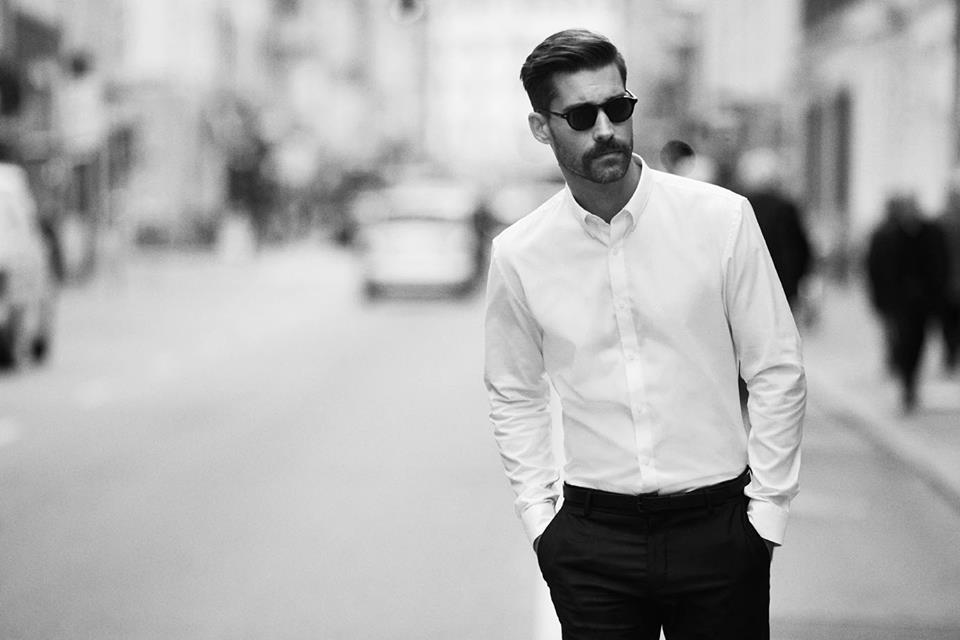 Whether your day starts or ends in a suit -- we've got the styles that fill in the gaps. From t-shirt and jeans to suit and tie, your wardrobe essentials are taken care of.