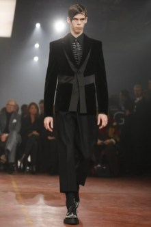 Alexander Mcqueen menswear fall winter 2015 in london