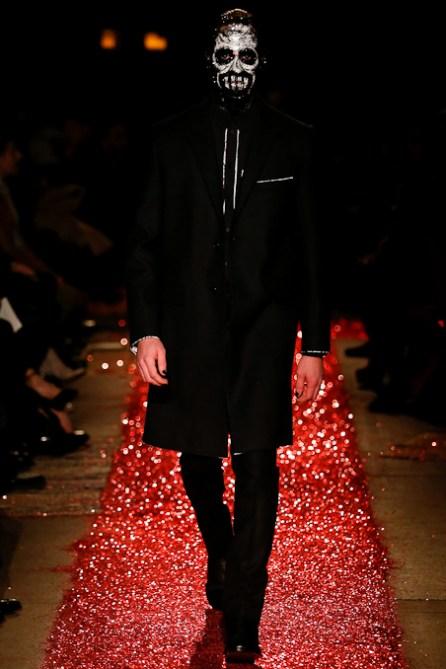 Givenchy_MON0221