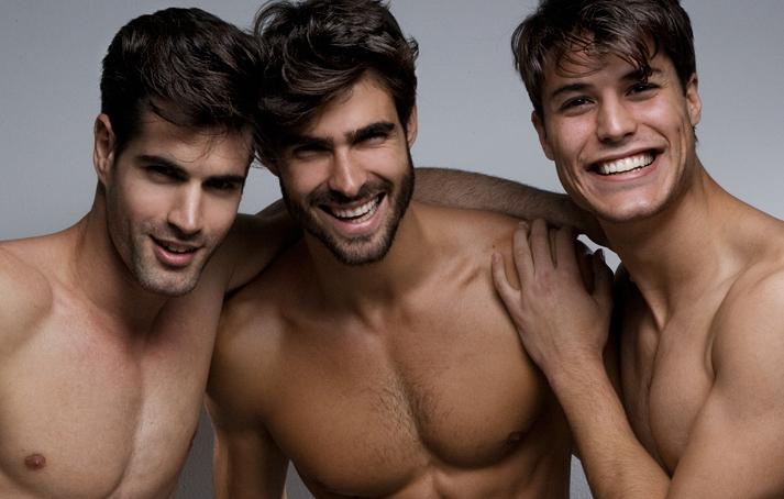 Spanish sensation Emilio Flores, Juan Betancourt & Pedro Smith for New York Rats