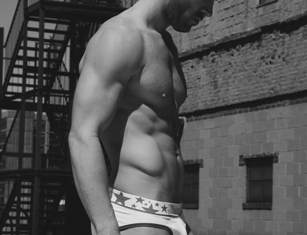 And then it comes a real hunk to our webzine Josh Owens at Elite Models Miami with this sexy snaps from talented Thomas Synnamon, Josh looks sexier than ever, we do believe in him, probably we have a crush on him. Who knows! #HappyHumpDay