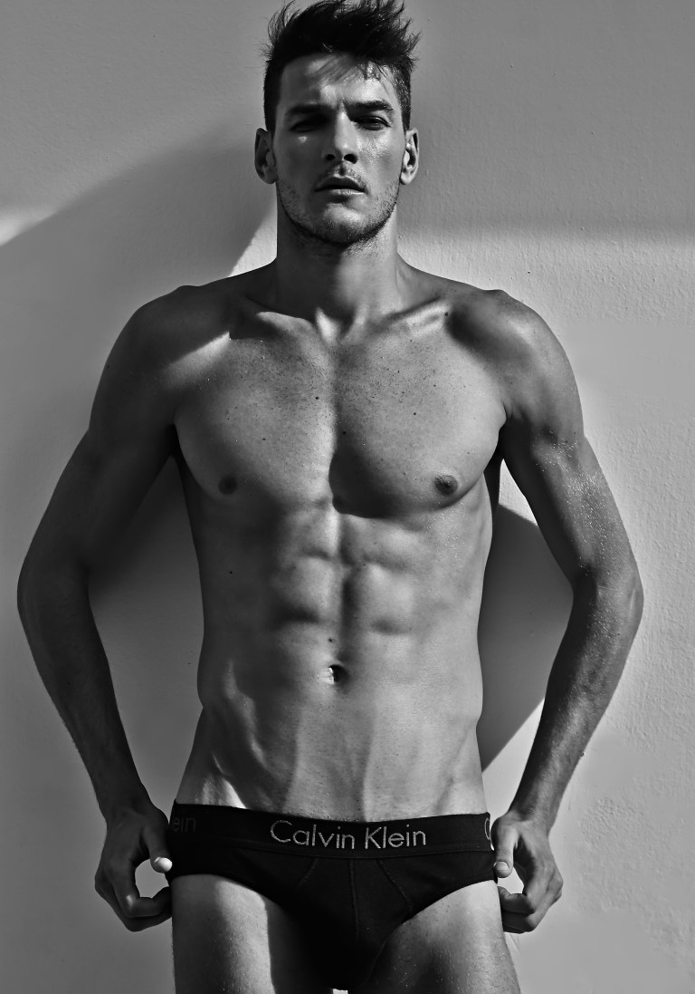 Stunning beautiful male model Arthur Jablonski is getting a new updated fresh snaps by Gabriel Henrique.