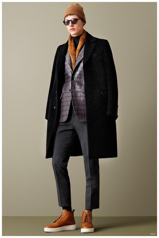 Bally Fall/Winter 2015 Invigorate an off-duty wardrobe with relaxed essentials that bring a fresh luxury edge to your look.