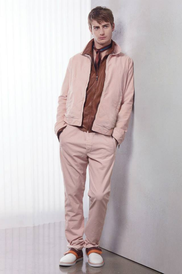 """""""The starting point for Cruise is an energizing color palette intended to offset the seasonal weather, and the concern for not having to wait to wear clothes"""", says Creative Director Tomas Maier. """"The Collection emphasizes relaxed clothing that can be worn right away, while indulging the wearer with their own experience to discover the details."""""""