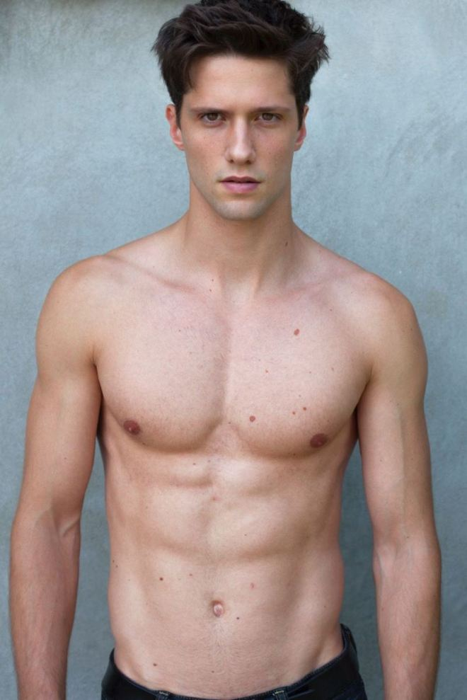 The charming Elia Comet from D'Men Milano finds some time to pose for simple digitals, that highlight his unique features and sculpted silhouette, remembering us that digital retouching is not necessary when you look so good.