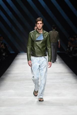 Ermanno Scervino Menswear Spring 2016910