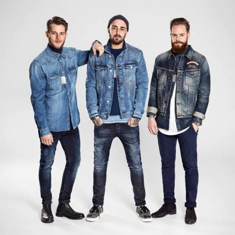 Real store personnel. Real passion. Meet the Denim Dealers. They are supplying all Denim Addicts! Visit your nearest store to meet them and get styling tips or see the Denim selection online ► http://jackjones.co/1HUyuXb