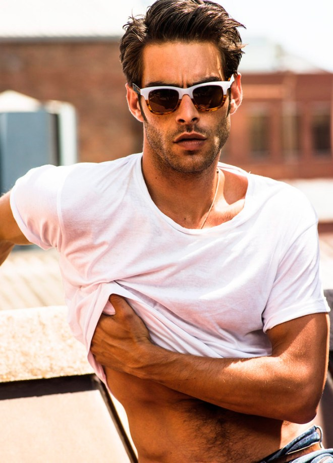 Spanish top model Jon Kortajarena collaborates with eyewear brand Wolfnoir on a collection of unisex sunglasses. The complete collection is available here.