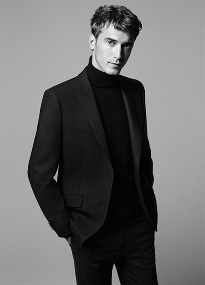 MEN'S LOOKS Modern wool suiting, leather and technical fabrics emphasize the versatility and rich depth of the collection.