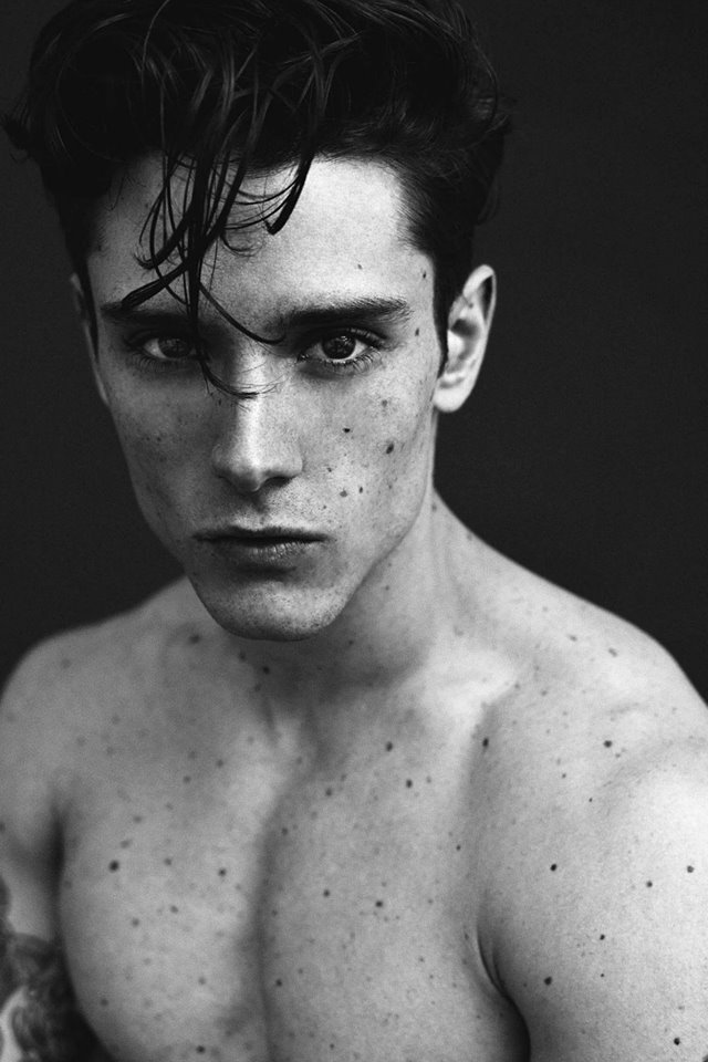 Model Diego Barrueco shows off Adon Magazine #16 with a stunning work by photographer Erion Hegel Kross.