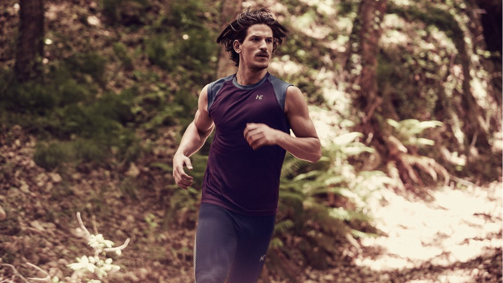 You'd better 'Train Smarter' The New Sport Collection presented by Mango Man is a running & training collection specially designed for you to improve your personal times and increase the performance of your training sessions, without sacrificing comfort and muscle support.