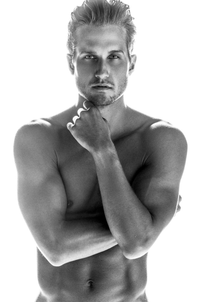 Why you have to watch this new pictures from photographer  Blake Ballard, because is model Jordan Verroi of Salt Model & Talent starring an amazing black and white session.