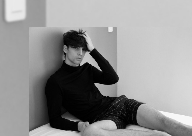 Hey guys take a look up on this 'cause we have the new work of Parisian based Laurent Mac with new french model Loup-Divi (Studio Klrp Model Management Paris).
