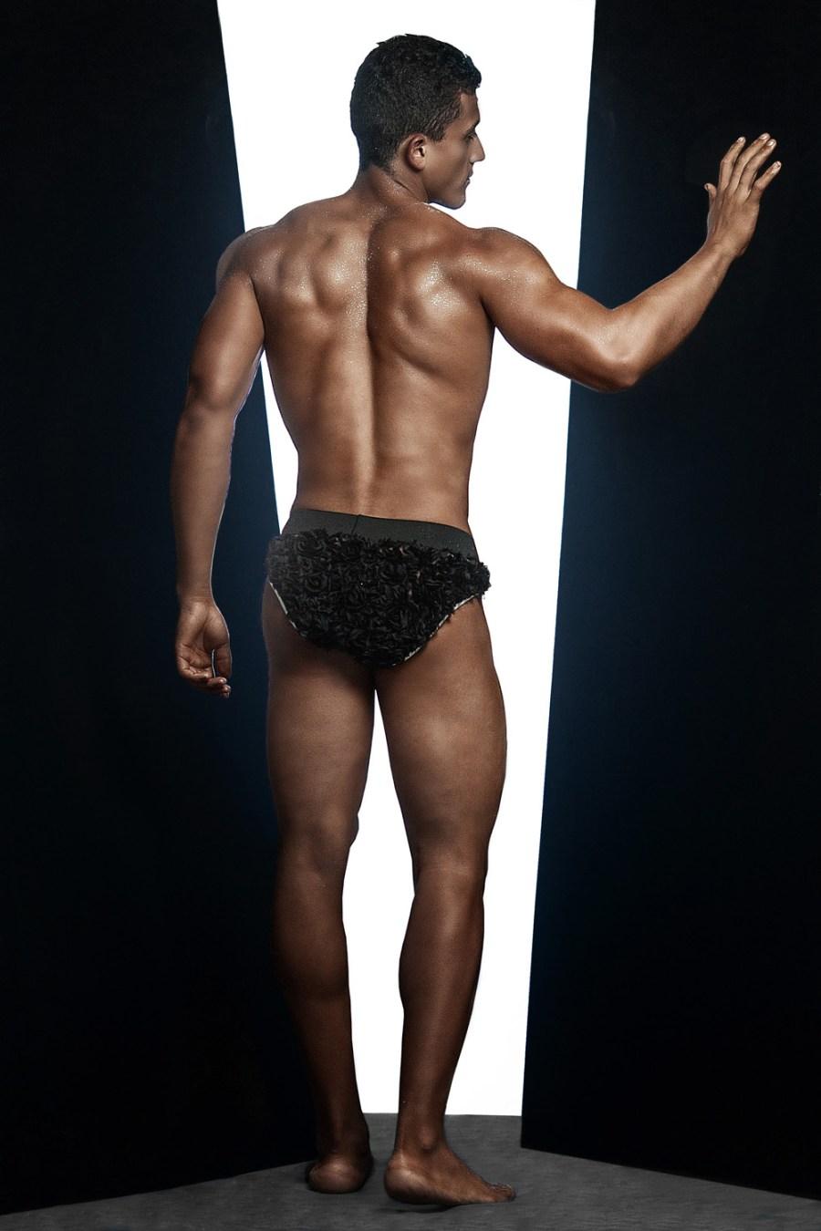 Erik Ramos by Chris Femat for Fashionably Male421