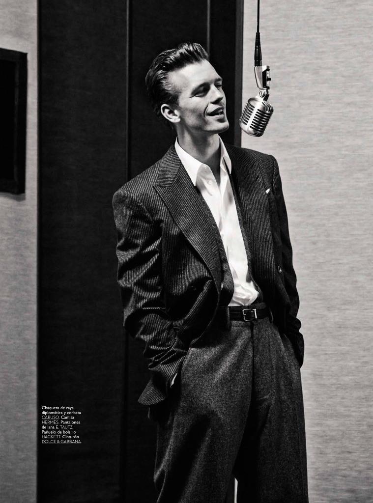 Benjamin Eidem as Sinatra GQ Spain2