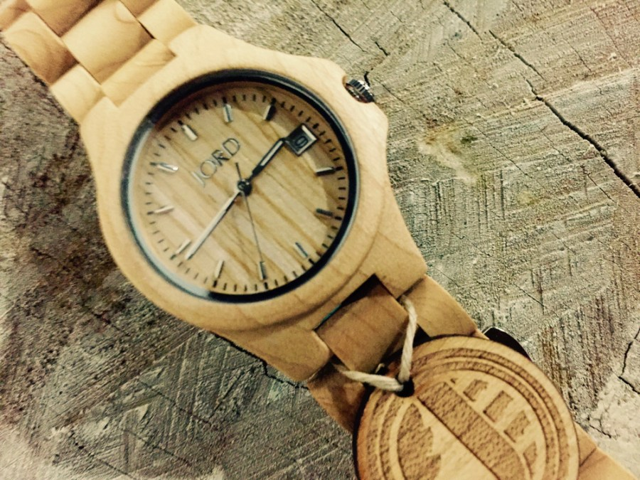 See why Fashionably Male fell in love of this trendy wood watch. It began in 2014, when I first saw this wooden watches in Pinterest, I was searching some images back then, about some lookbooks, then suddenly just saw a pin about them, and I was thinking I want them. Then has thousand and thousand of images about every model and designing and lots of people, bloggers, fashionistas are talking and wearing about their JORD WATCHES.