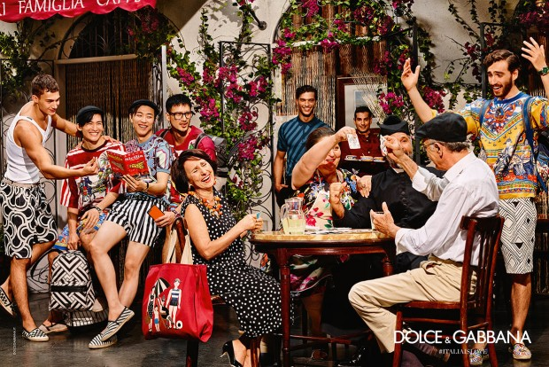 The Dolce&Gabbana Summer 2016 advertising campaign tells a simple story: fruit stalls, small shops, spaghetti, coffee, family, sunshine, summer. In one word, Italy. The inspiration of the fashion show and the advertising is life in Italy, the fanciful, positive life, made of genunity: food, history, love. #ITALIAISLOVE