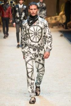 Dolce Gabbana FW 16 Milan (73)