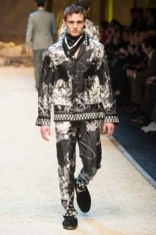 Dolce Gabbana FW 16 Milan (75)