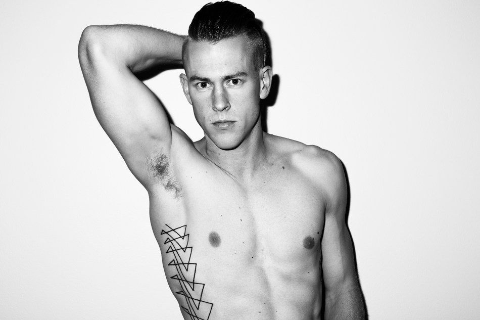 Tom Polson by Trent Pace for Fashionably Male (2)