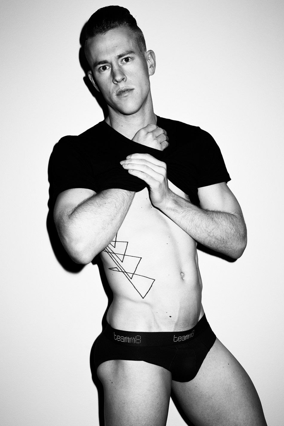 Tom Polson by Trent Pace for Fashionably Male (7)