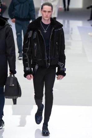 Versace FW 16 Milan (33)
