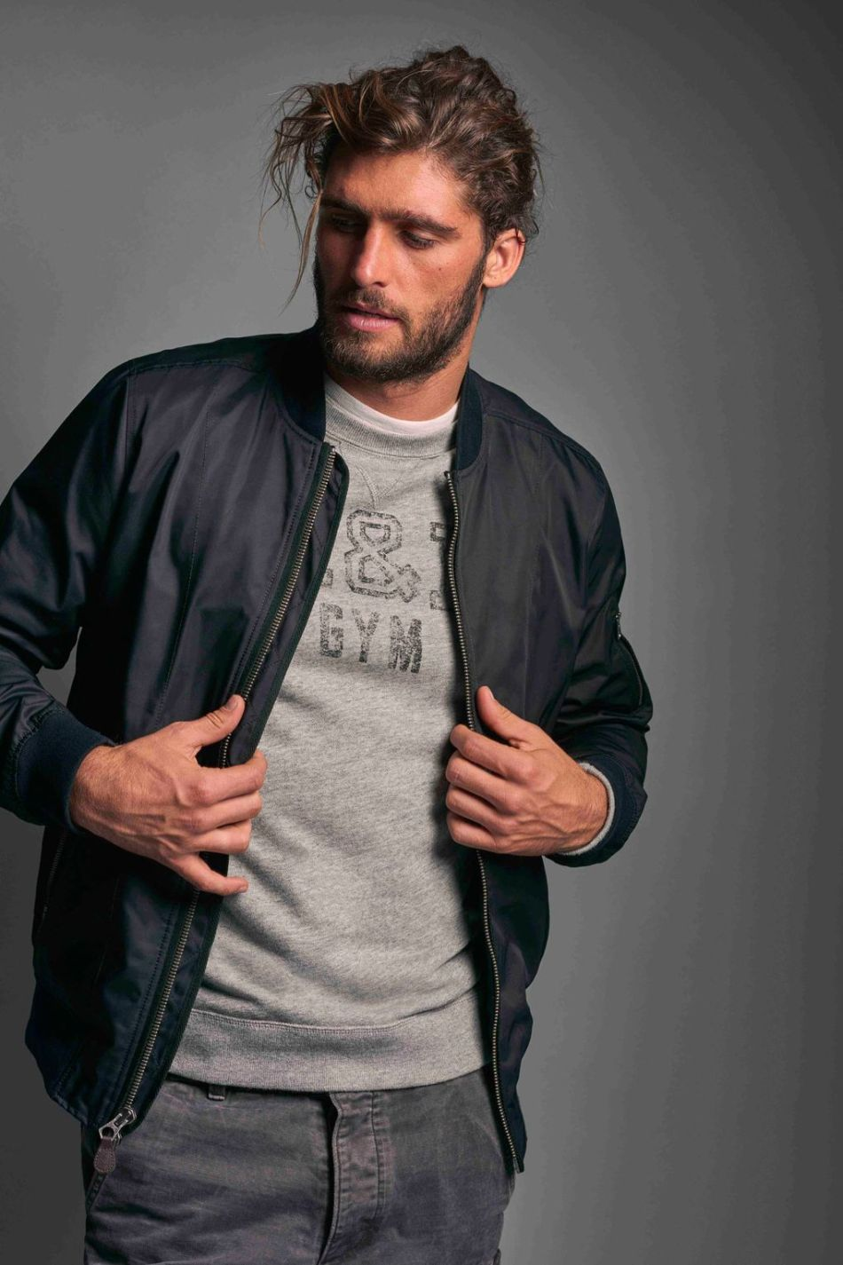 ABERCROMBIE & FITCH GETS SLEEK FOR SPRING:SUMMER 2016 (11)