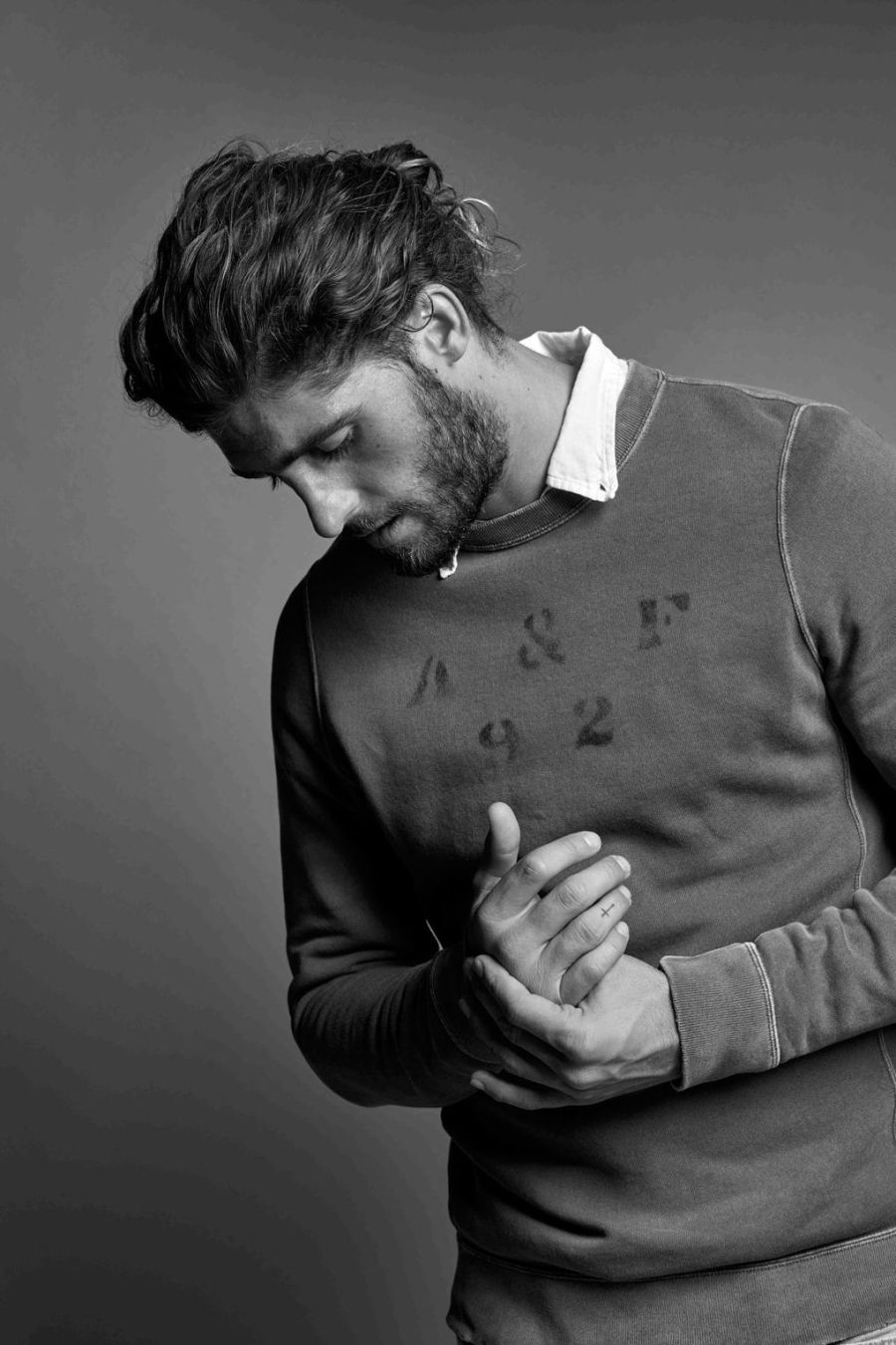 ABERCROMBIE & FITCH GETS SLEEK FOR SPRING:SUMMER 2016 (5)