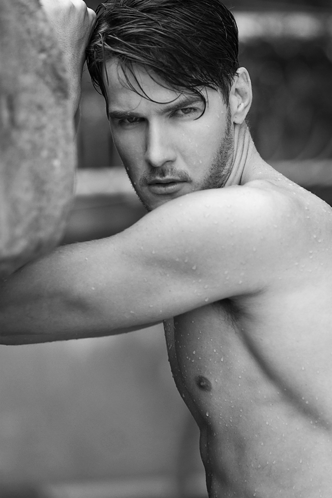 Gorgeous brazilian male model Arthur Jablonski represented by AndrewsModels and DN MODELS, photographed by Jason Oung for this fresh portfolio update. Hairstyle and Make-up by Eric Chan.