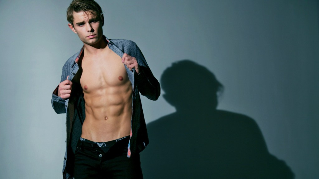 An exciting new photo shoot performed EXCLUSIVELY for PnV Network! The sensational Sean Stahlnecker, represented by Wilhelmina LA and Ford/Robert Black of Arizona, is captured by the lens of the talented NYC photographer, Stefan Mreczko.