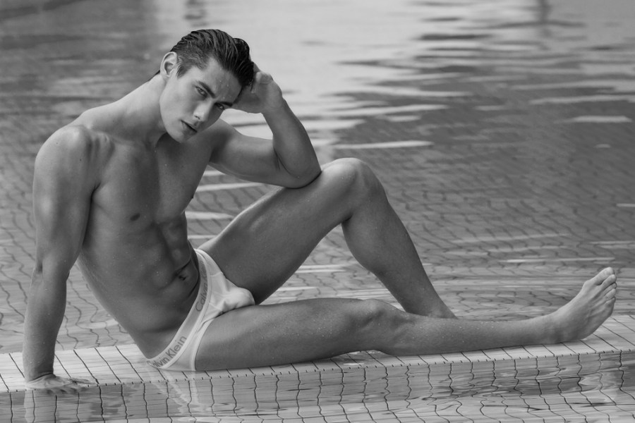 Meet the stunning & sexy brazilian male model Everton Stedile. He's represented by Base Model Management Kuala Lumpur & TWO Management. Photographed by Jason Oung & hairstyle and make-up by Ryocreations D'allure.