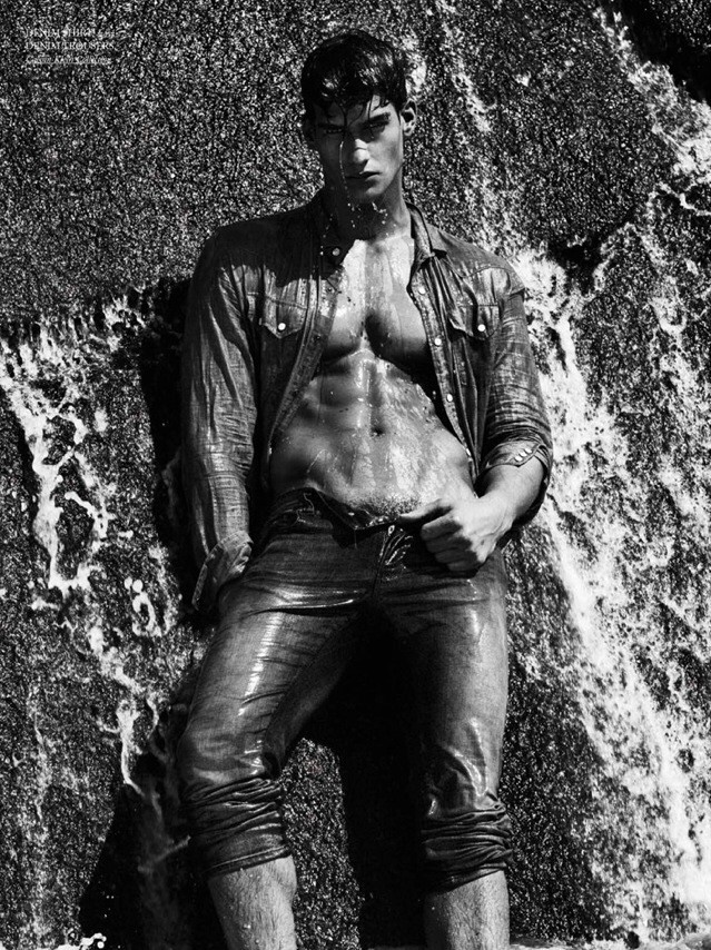 We got the new editorial of Top model Kaylan Morgan shot by talented Giampaolo Sgura for Hercules Magazine.