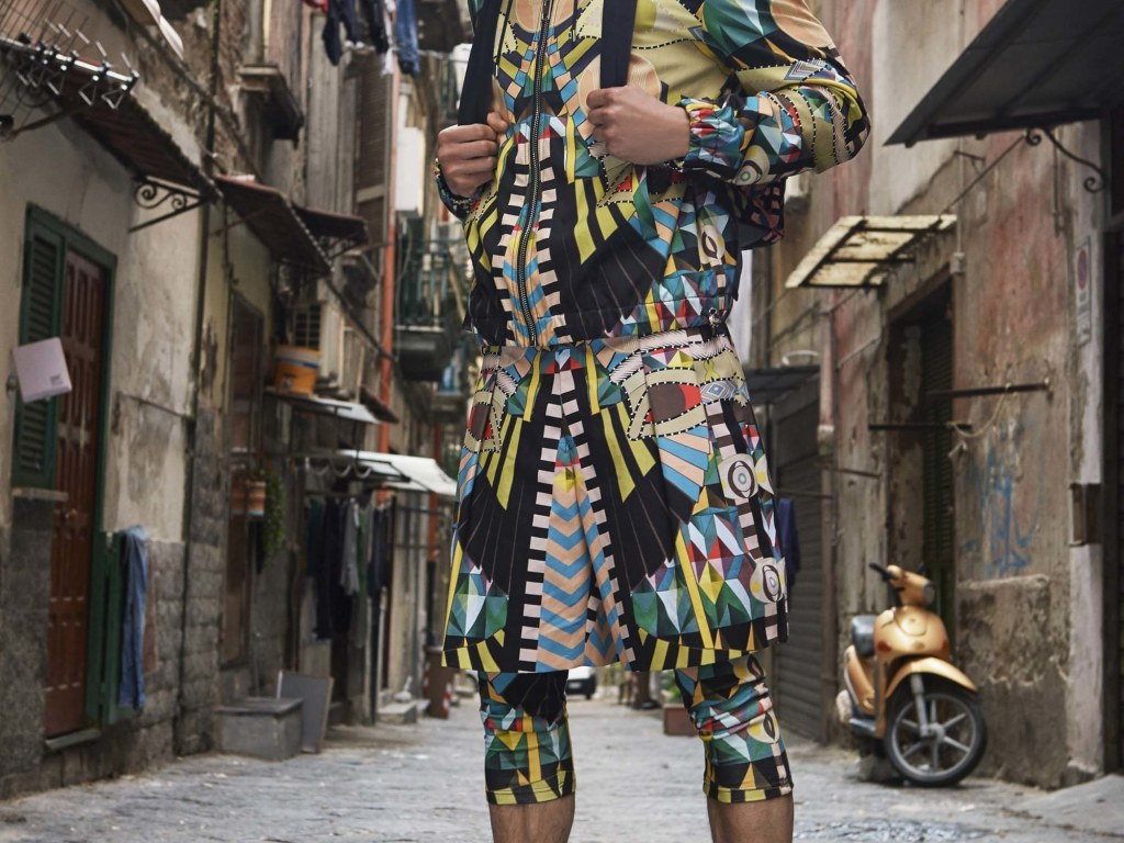 Givenchy presents Resort Spring 2017 postcard from Naples. Riccardo Tisci published on Givenchy's Official IG some postcards from the new collection, presented in Naples. Leading by Top model Alessio Pozzi extremely heavy graphic design prints on jackets, parkas, masks, Denim is never go away, focusing on real blue jeans, including denim shirts and jackets