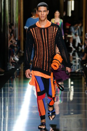BALMAIN MENSWEAR SPRING SUMMER 2017 PARIS (40)