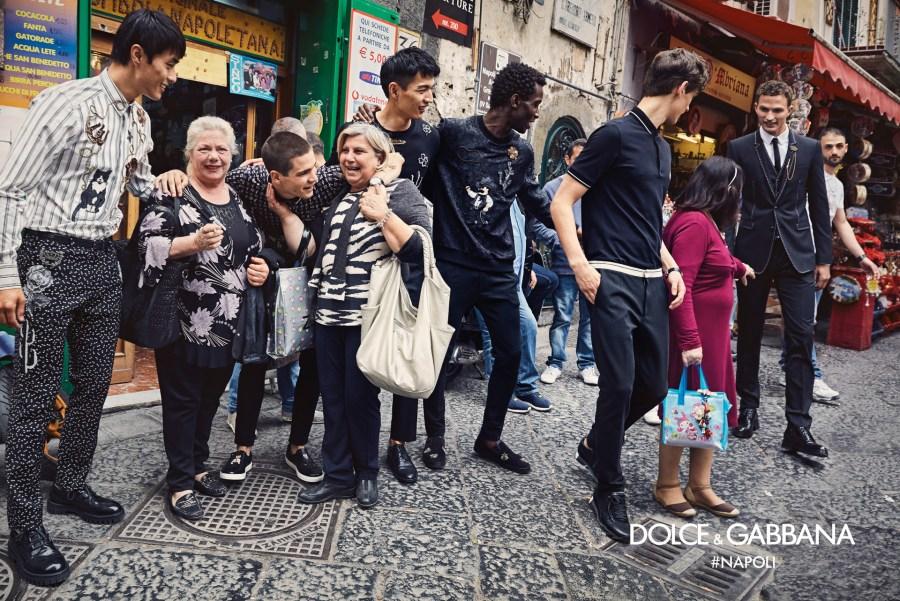 dolce-gabbana-fall-winter-2016-2017-advertisinig-campaign-in-naples-221