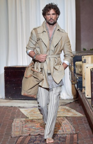 JOSEPH ABBOUD MENSWEAR SPRING SUMMER 2017 NEW YORK (19)