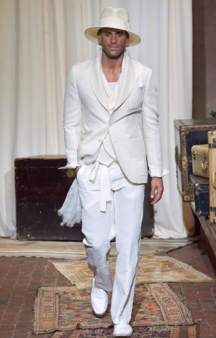 JOSEPH ABBOUD MENSWEAR SPRING SUMMER 2017 NEW YORK (27)