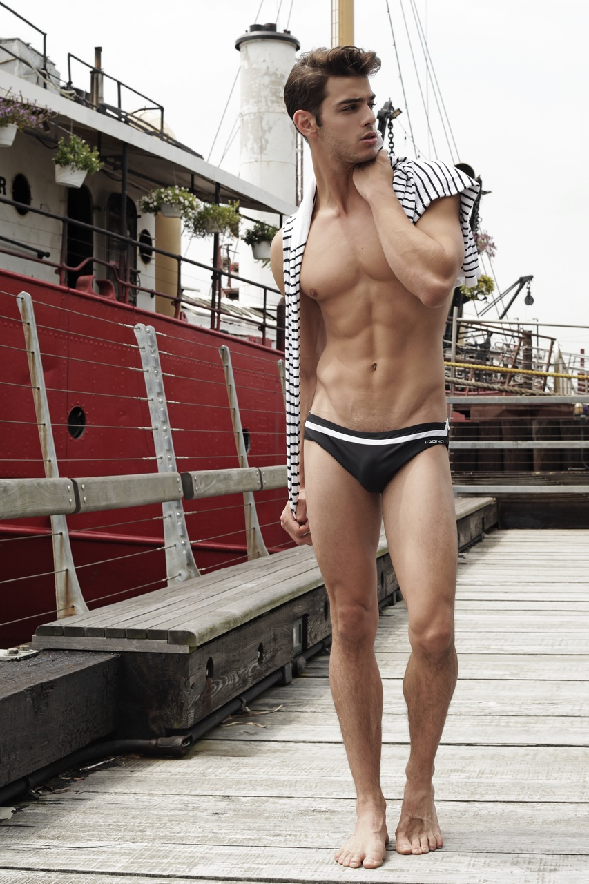 Californian native sexy AF model Scott Gardner in 22 great photos lensed by talented Thomas Synnamon on Pier 66