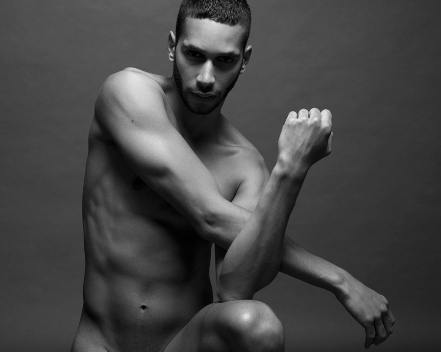 We can't believe it. In the following images of this Male Nude portrait presented by photographer Ruben Tomas featuring male model Sergio Acevedo, he''s got such a nice smooth fit body, no imperfections whatsoever.