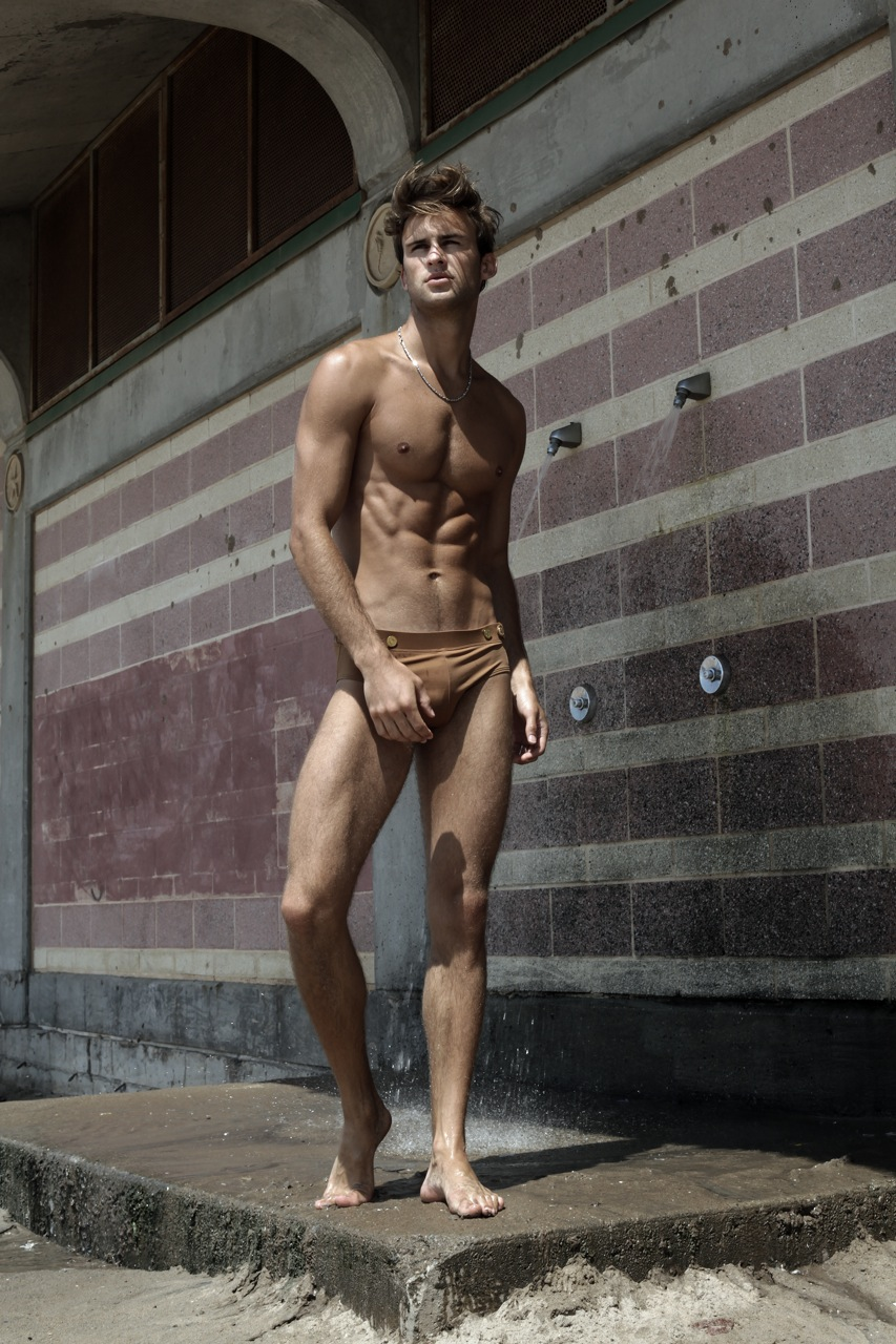 Alexander Taptsov by Thomas Synnamon (11)
