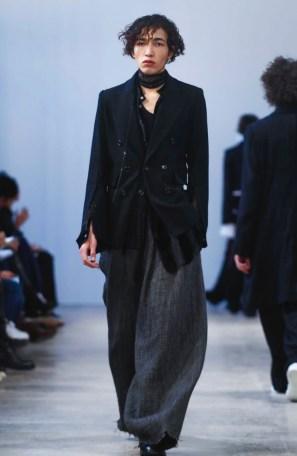 ann-demeulemeester-menswear-fall-winter-2017-paris18