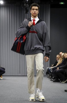balenciaga-menswear-fall-winter-2017-paris2