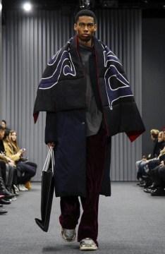 balenciaga-menswear-fall-winter-2017-paris22