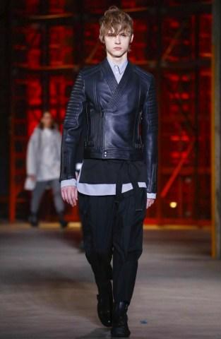 diesel-black-gold-menswear-fall-winter-2017-milan33