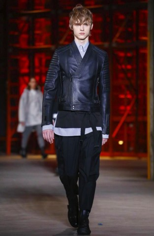 diesel-black-gold-menswear-fall-winter-2017-milan33